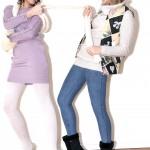 De gauche à droite: bonnet H&M, écharpe en laine, robe et collant en laine H&M, chaussures Miss Coquines. Gilet sans manches Manoush, pull en laine Zara, jegging H&M, bottes fourées Etam
