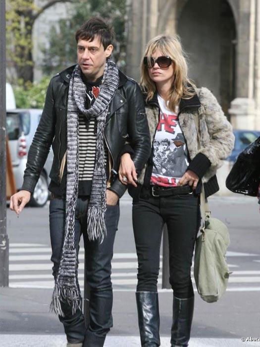 Spécial St Valentin: looks de couples! Kate Moss et Jamie Hince, source:www.purepeople.com